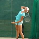 ソフトテニスのダブルス戦略「サーブの使い方」